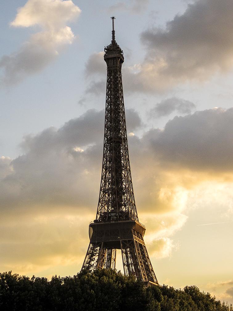 paryż zabytki wieża eiffla