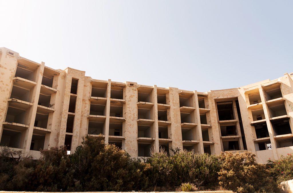 Opuszczony hotel Jerma Palace, Malta, Marsaskala