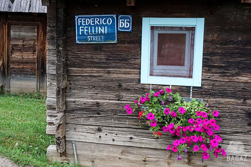 drvengrad, domek, federico fellini