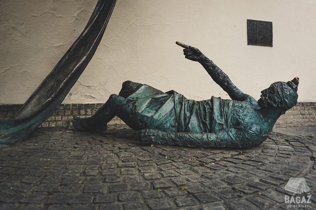 budapeszt pomnik leżącego, carl lutz memorial