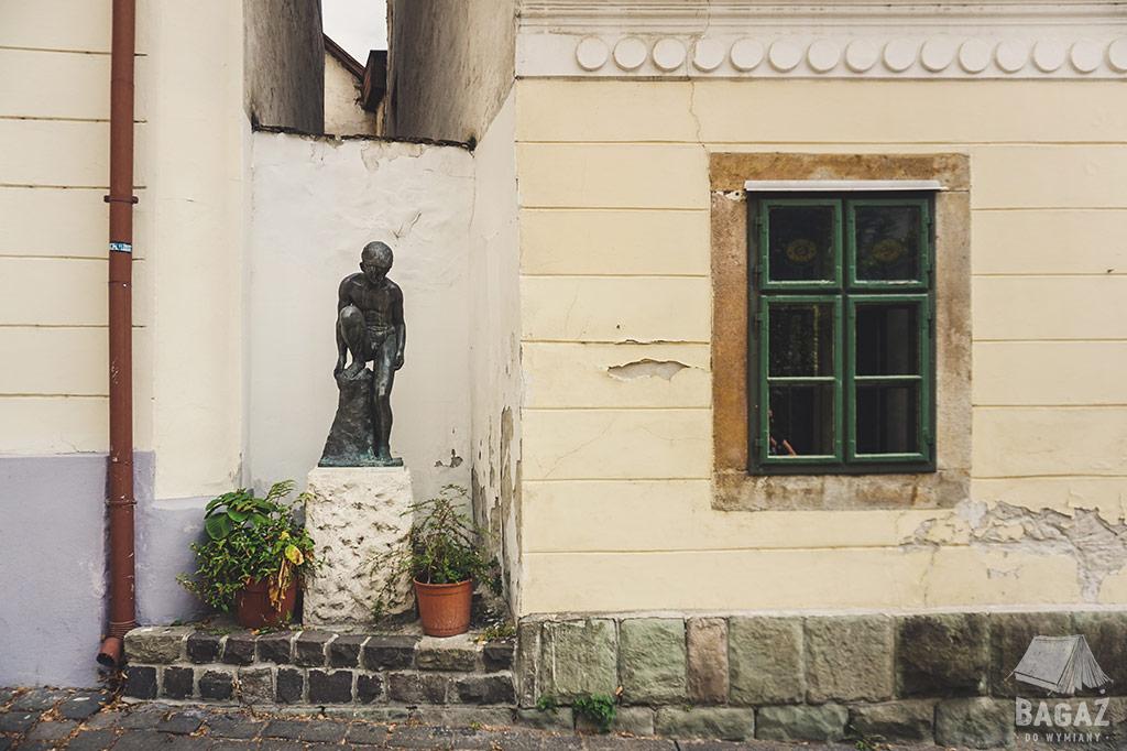 ulica rzeźba
