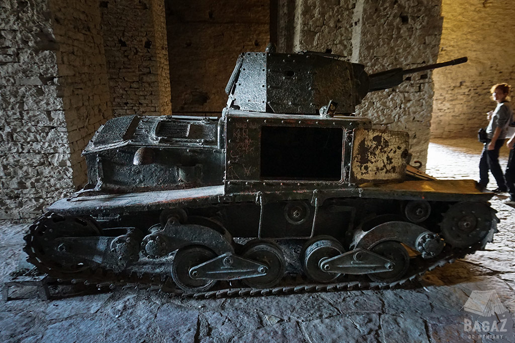 czołg-albania