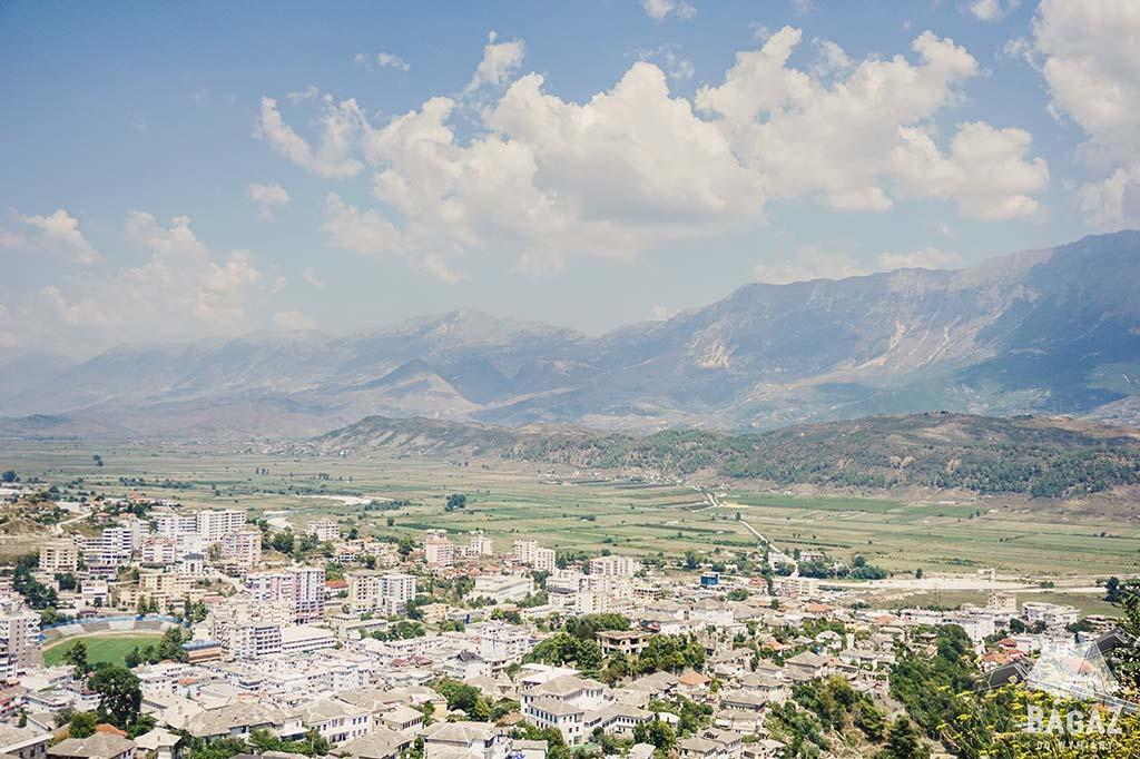 panorama na miasto gjirokastra
