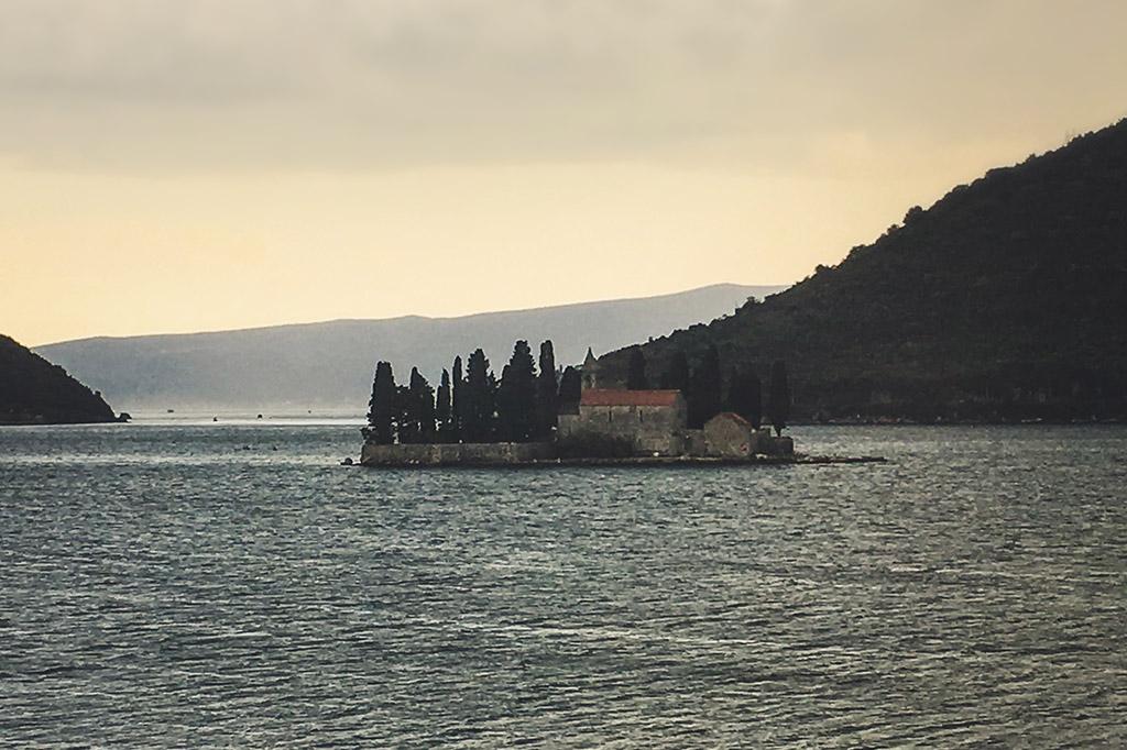 Wyspa Gospa od Škrpjela, kościół na wyspie
