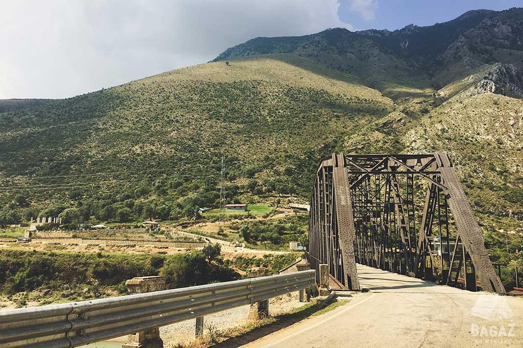 most w albanii