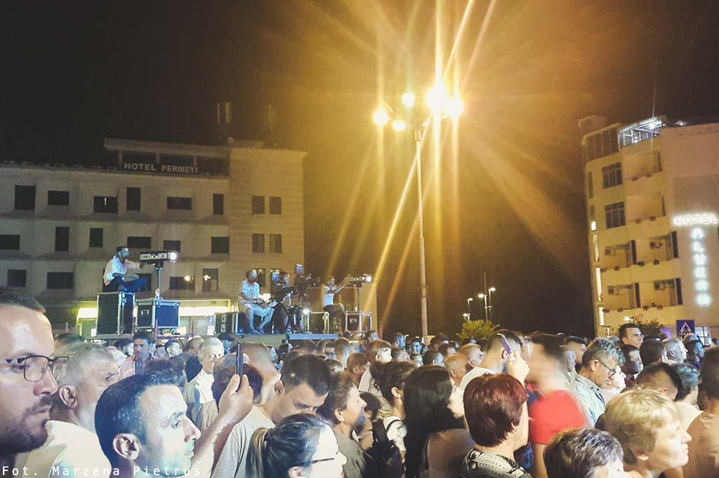 letni festiwal w permet w albanii