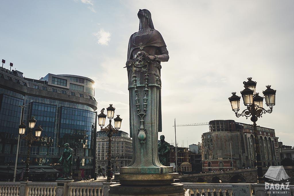 pomnik-macedonia-skopje