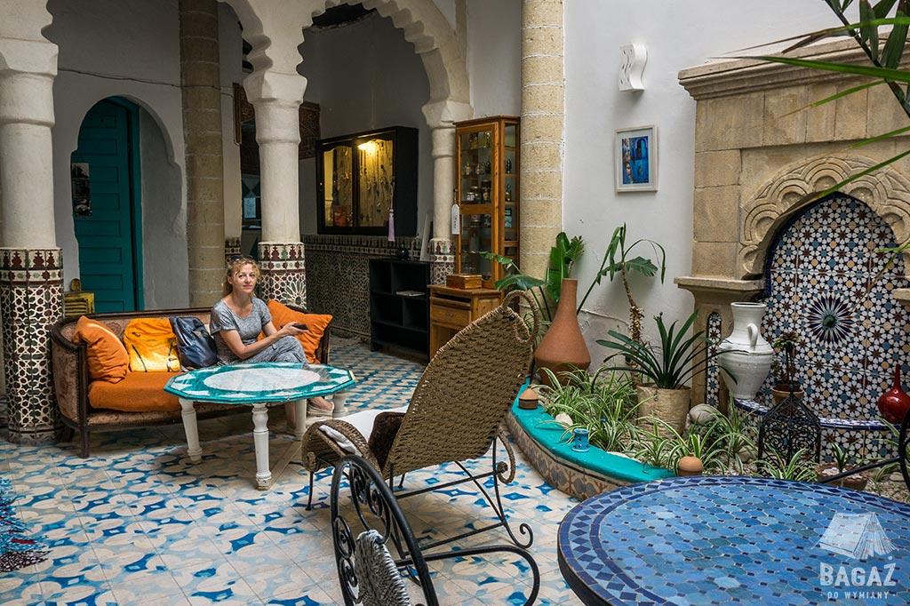 wnętrze tradycyjnego riadu w Essaouira