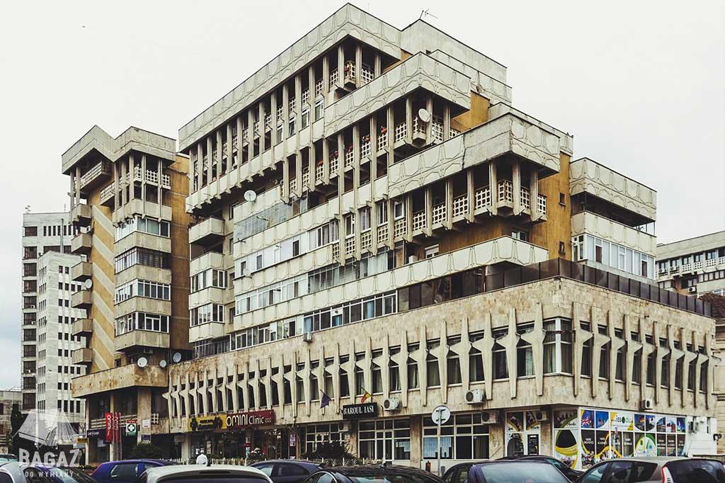 architektura brutalistyczna w jassy w rumunii
