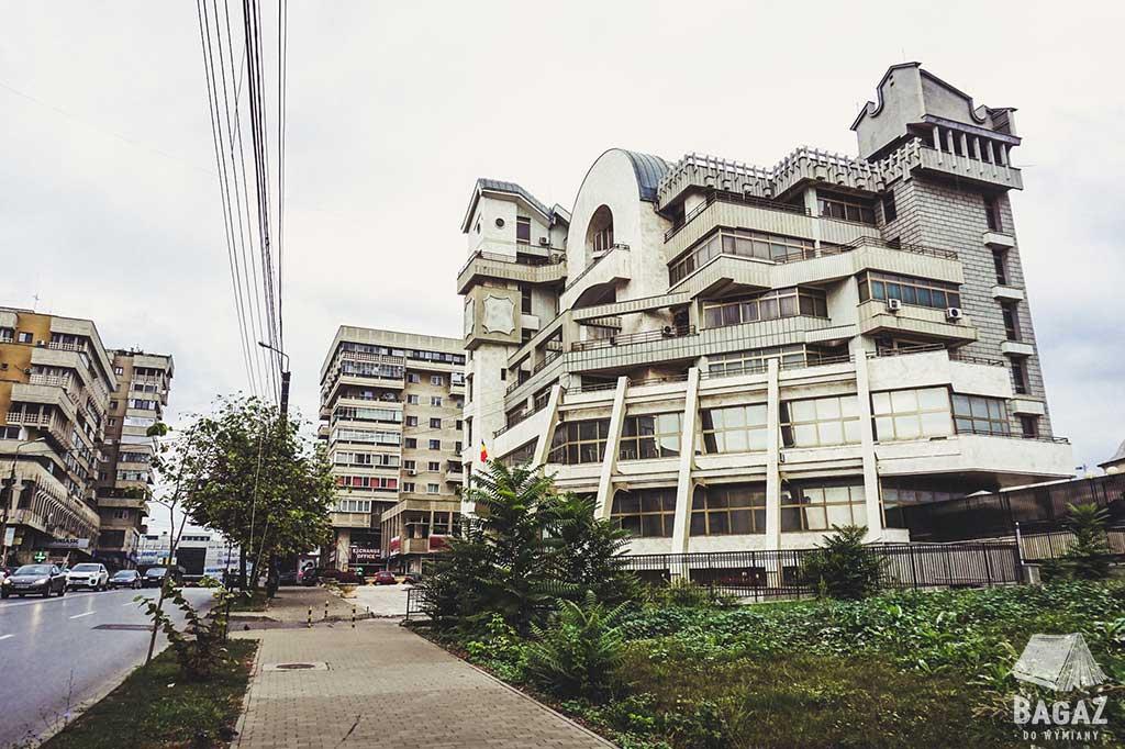 architektura brutalistyczna jassy rumunia