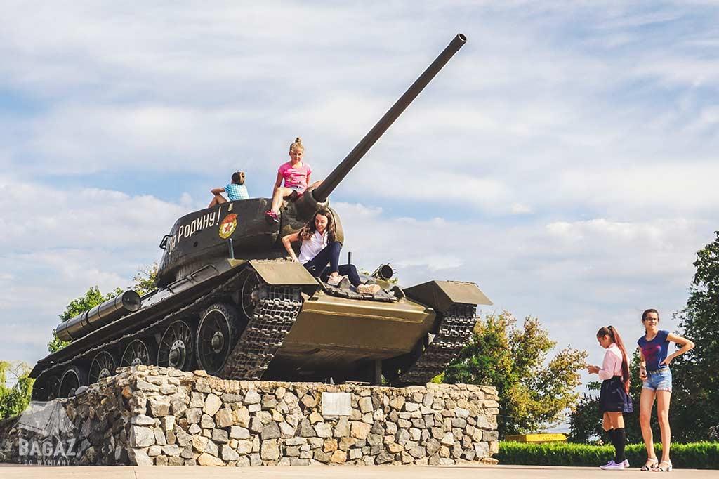 czołg t-34 tyraspol zwiedzanie naddniestrza
