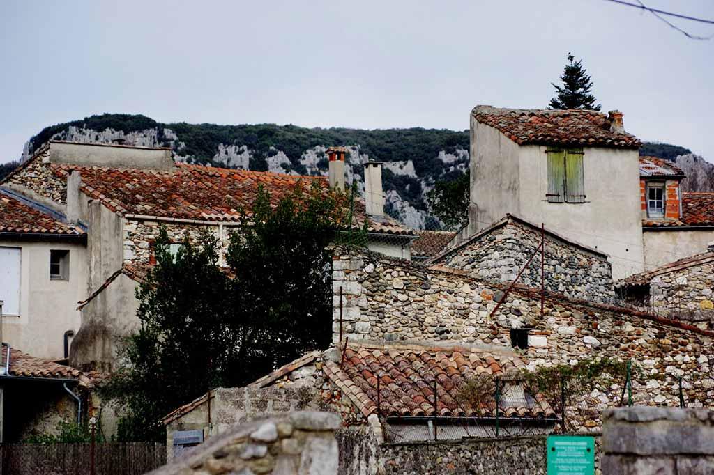 francja kamienne domy