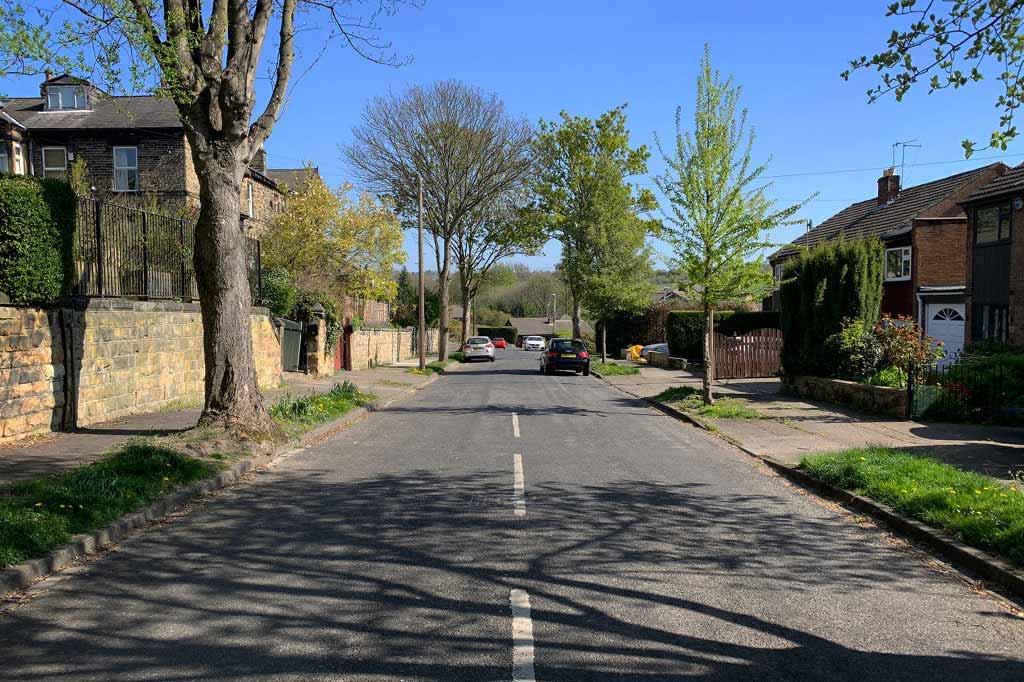 puste ulice w batley koronawirus